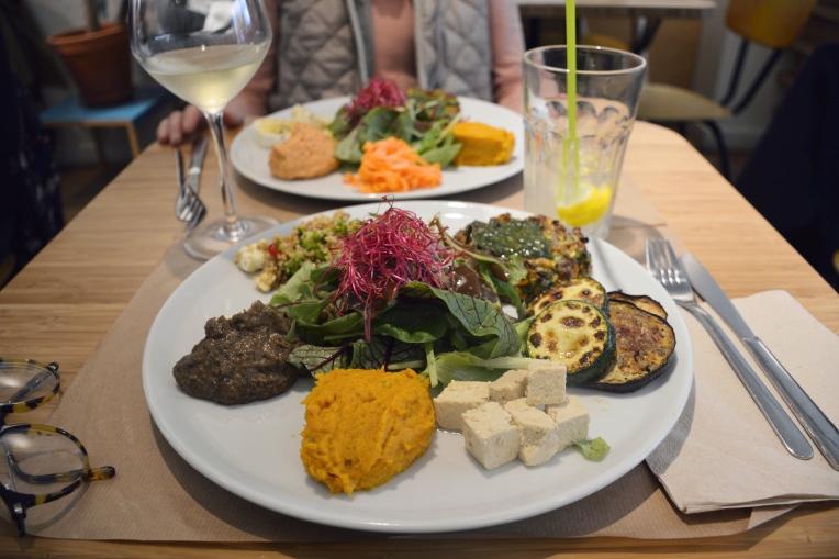 assiette végétarien du restaurant AMI à Flagey